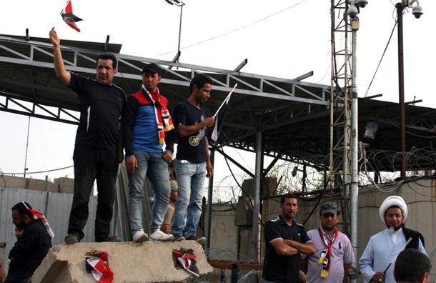 У Багдаді комендантська година через протести