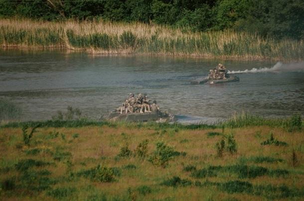 ВСУ проводят учения пофорсированию рек изахвату объектов инфраструктуры