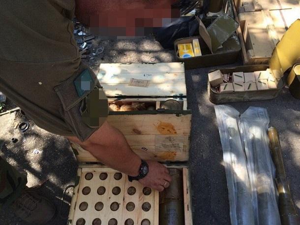 В зоне АТО нашли крупный тайник с боеприпасами