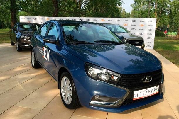 В России показали электрическую Lada Vesta