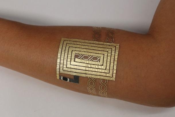 Ученые создают изсусального золота стильные татуировки-интерфейсы