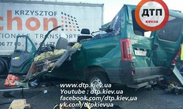 В Польше украинский автобус попал в смертельное ДТП
