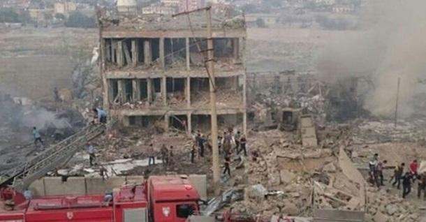 В Турции взрыв возле полицейского КПП, есть жертвы