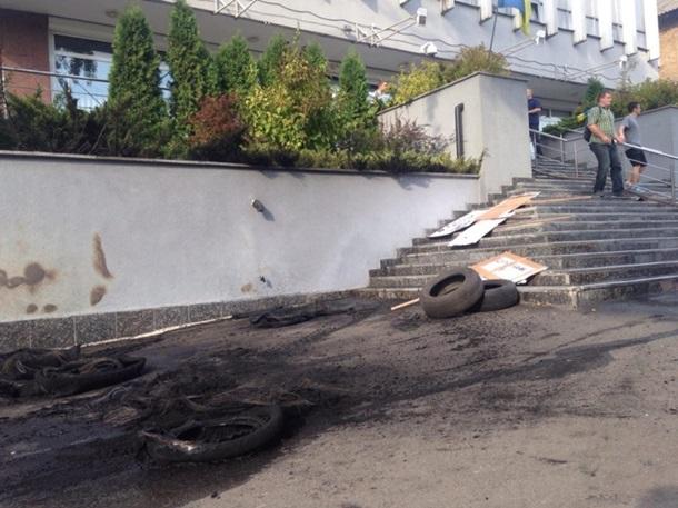 «Интер» обратился к Порошенко из-за поджога