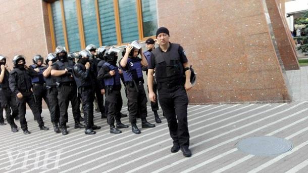 Патриотизм по-украински: «Азовцы» устроили новую драку