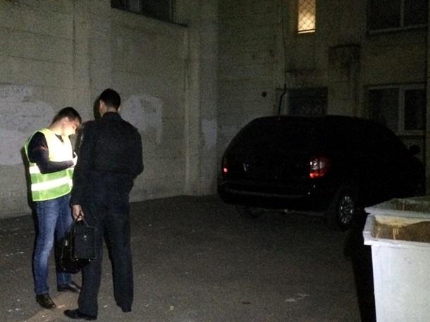 Двух жителей ограбили на2,5 млн грн— Стрельба вКиеве