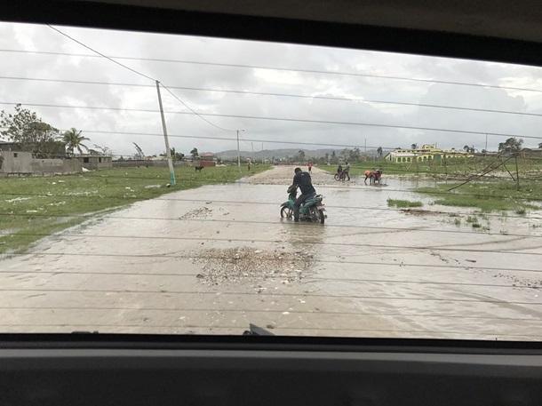 МЗС радить не їхати до південно-східного узбережжя США через ураган Метью