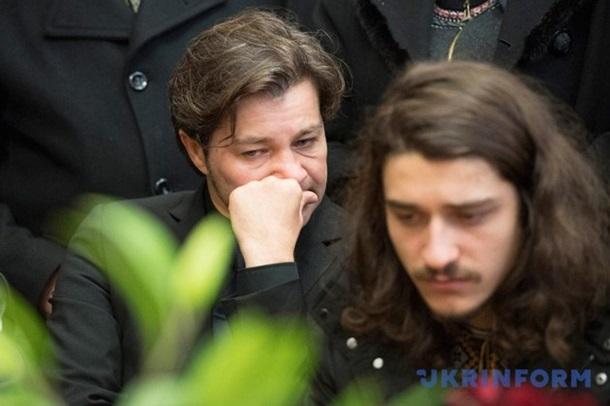 У Києві попрощалися з Оксаною Батько-Нищук (ФОТО 18+) - фото 12
