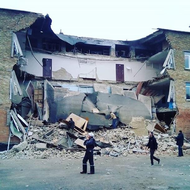 Водной изшкол Киевской области обвалилась стена