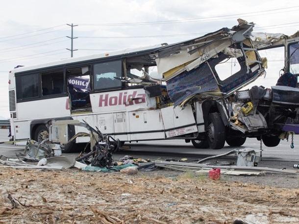 Авария в Калифорнии: 13 погибших