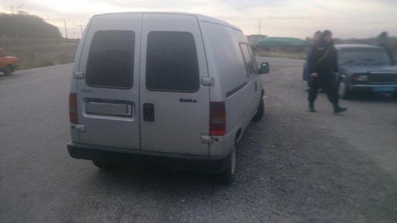 Наблокпосту полицейские задержали девушек сбоеприпасами на«Fiat»