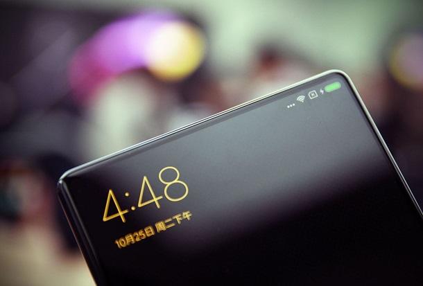 С появились живые фото планшетофона Xiaomi Mi MIX