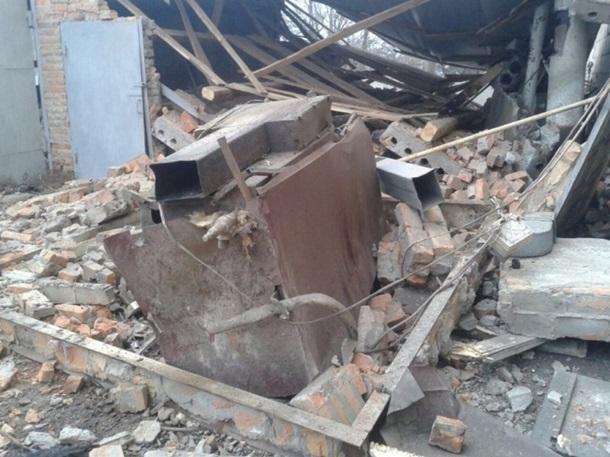 В итоге взрыва умер человек идвое травмированы