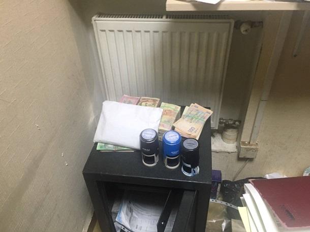ВКиеве задержали коммерсантов, подозреваемых в финансовом снабжении сепаратистов
