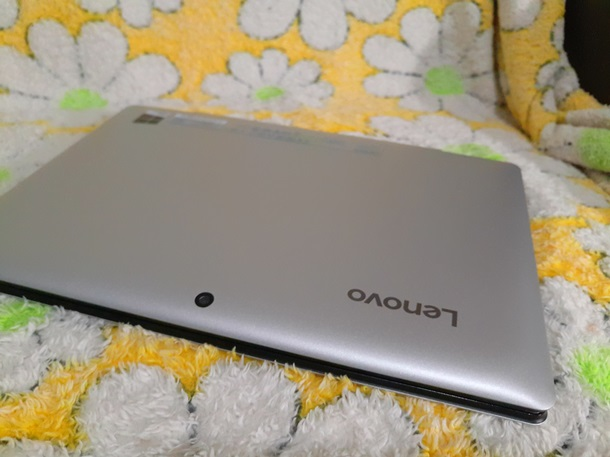 Міні-ноутбук. Тест-драйв планшета Ideapad Miix 300