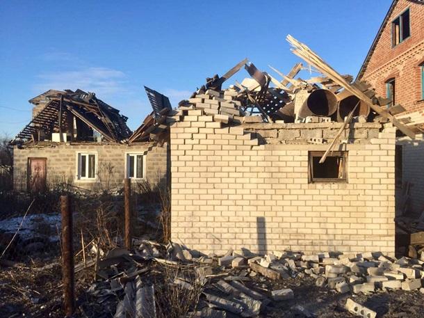 Милиция: Боевики утром обстреляли Водяное, повреждены жилые дома, погибли животные