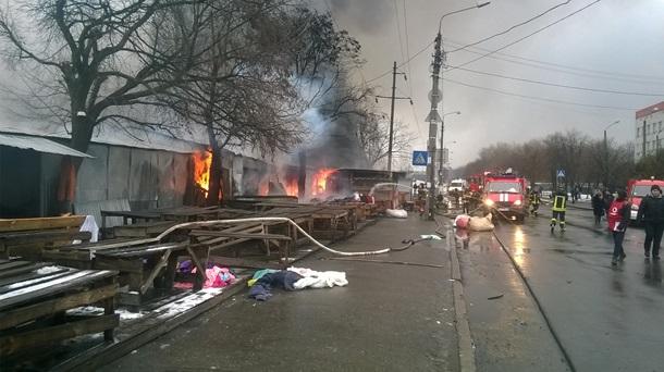 ГСЧС: ВКиеве около метро «Лесная» наместе пожара cотрудники экстренных служб обнаружили труп