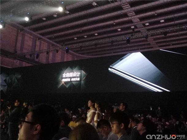 Смартфон Gionee M2017 саккумулятором на7000 мАч представлен официально