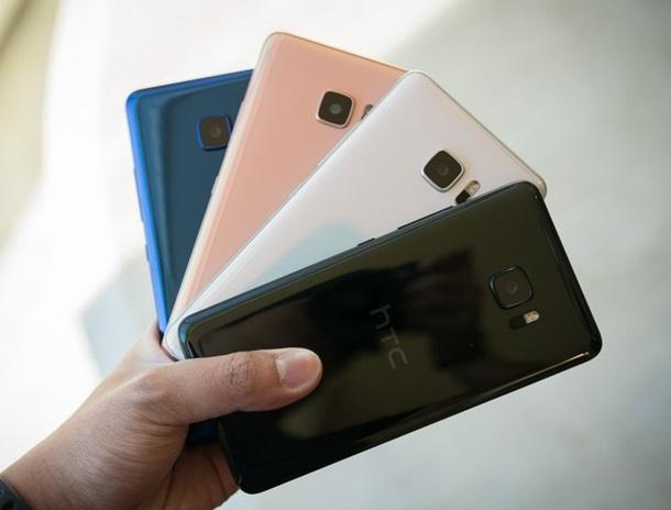 Анонс HTC UPlay иUUltra: мобильные телефоны обновленного поколения изТайваня