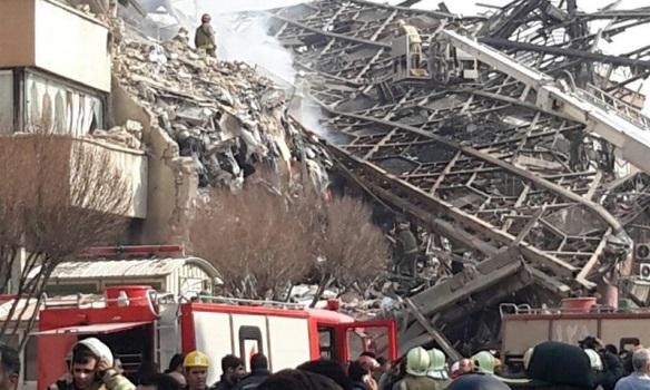 В Ірані на пожежі загинули 30 пожежних (Відео)