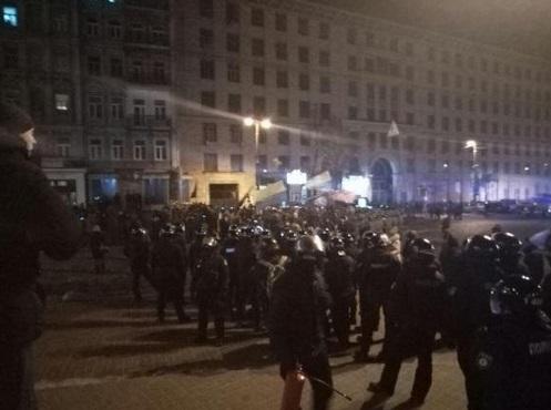 НаГрушевского произошли стычки националистов иправоохранителей
