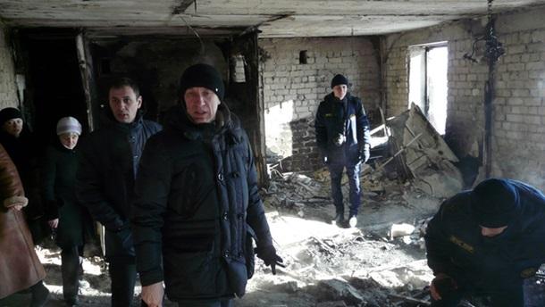 В многоэтажном высотном здании вСтаханове произошел взрыв, есть погибшие,