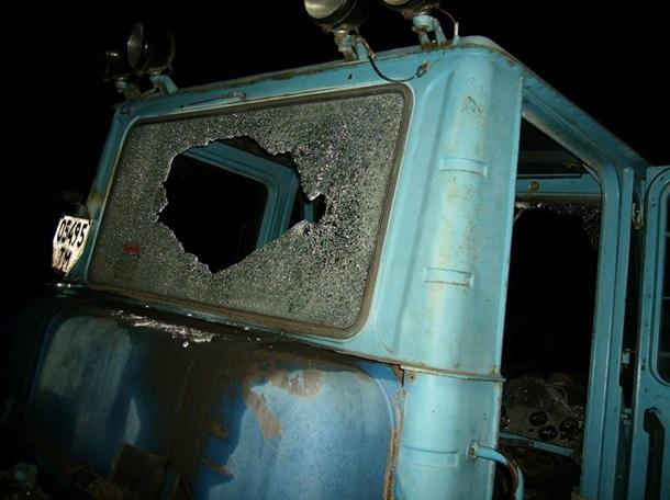 Боевики изСАУ накрыли огнём автомобильный парк агрохолдинга