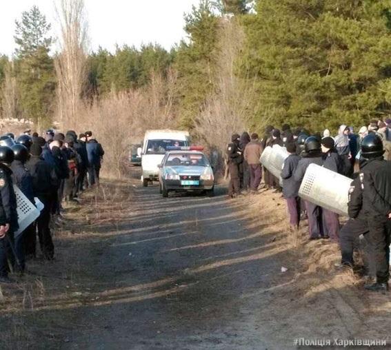 НаХарьковщине «блокадникам» недали установить блокпост нажелезной дороге