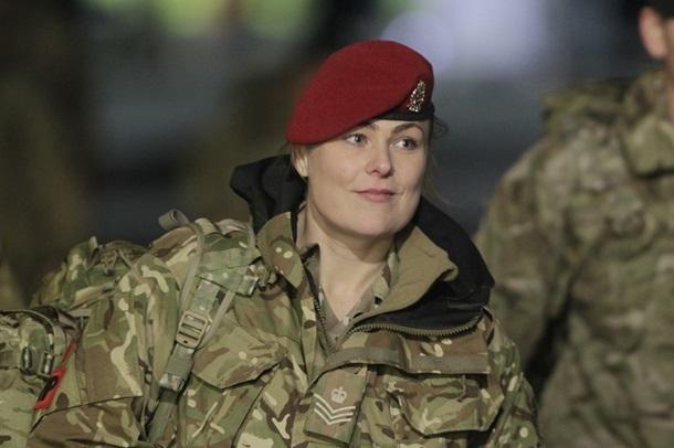 ВЭстонию прибыли первые военные Великобритании изгруппы реагирования НАТО