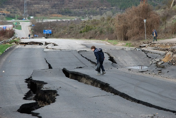 Для ремонта дороги наСимферополь будут объявлять режимЧС