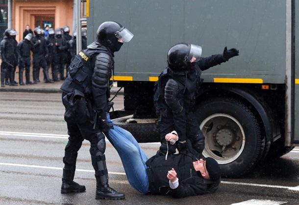 В Минске задержаны сотни участников Марша воли