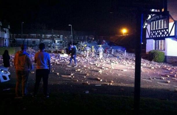 Поменьшей мере как минимум 15 человек ранены в итоге взрыва вЛиверпуле