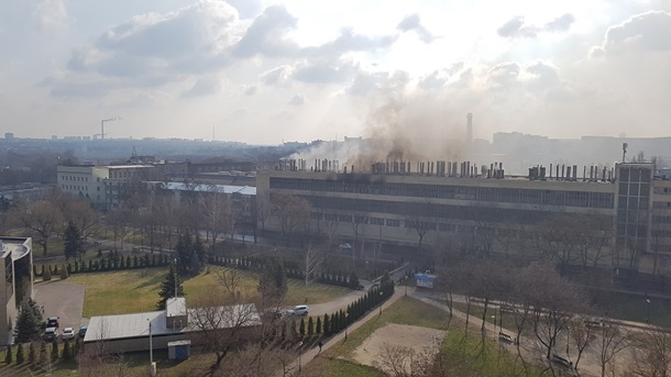 ВХарькове натерритории велозавода появился пожар