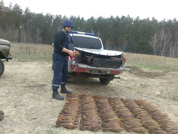 ВКиеве наЛысой горе отыскали целый склад боеприпасов