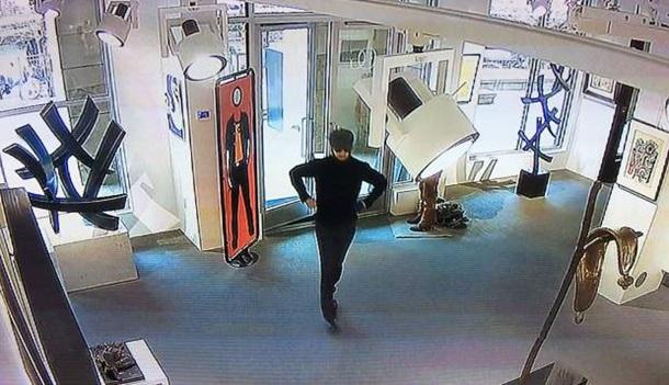 Вандал уничтожил картину затри млн. долларов за15 секунд