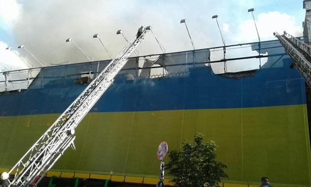 Пожар на столичном Крещатике локализировали