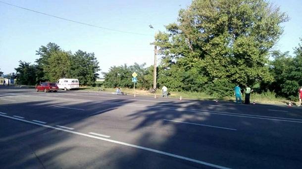 НаБериславском шоссе шофёр КАМАЗа сбил 2-х велосипедистов. Погибла известная спортсменка