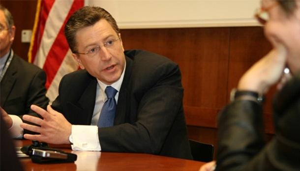 Тиллерсон назначил экс-посла при НАТО Волкера спецпредставителем поУкраине