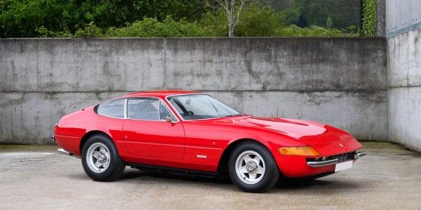 Ferrari Элтона Джона пойдет с молотка