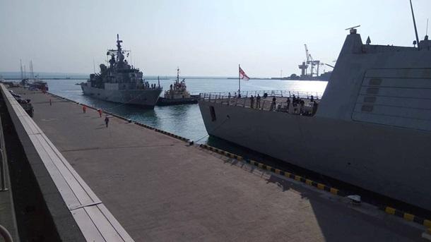 Доодеського порту зайшли два кораблі НАТО