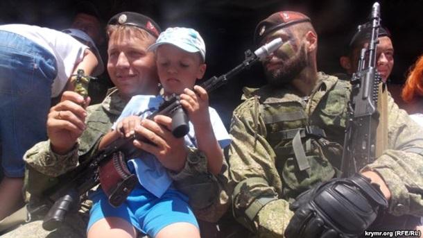 Россия ввезла в Севастополь Грады и Гвоздики