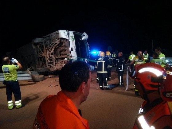 Жуткое ДТП: вТурции перевернулся автобус, есть жертвы ираненые