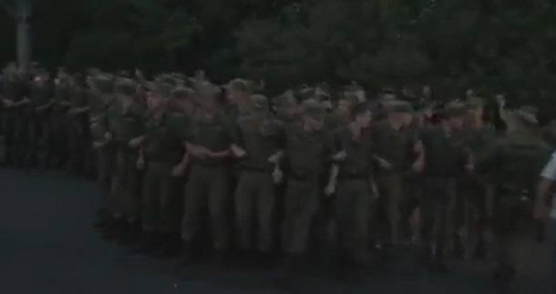 Столкновения между жителями столицы Украины иполицией: Есть схваченные