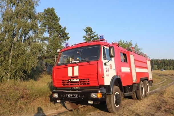 ВКиеве загорелась трава наплощади около 4 га