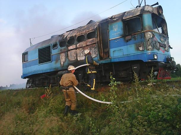 ВВинницкой области горел пригородный поезд