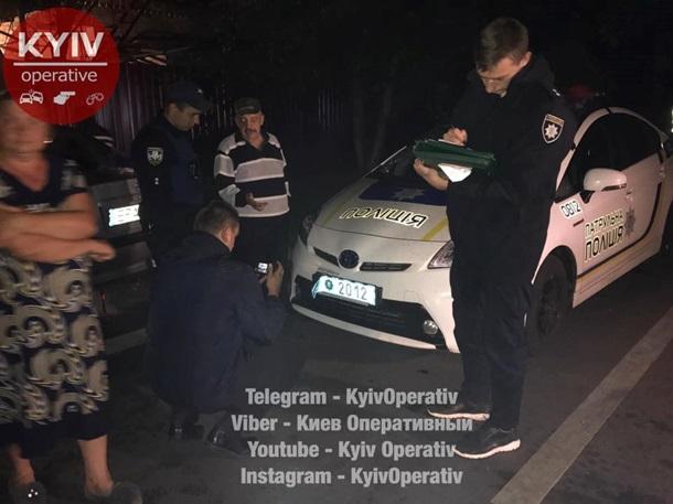 ВКиеве пьяная компания разбила патрульный автомобиль