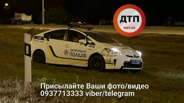ДТП вКиеве: патрульные врезались вавтомобиль наеврономерах