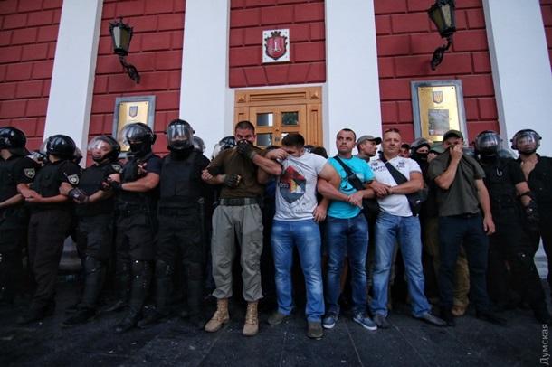 Пожежа вОдесі: директора табора затримали, оголошено підозру