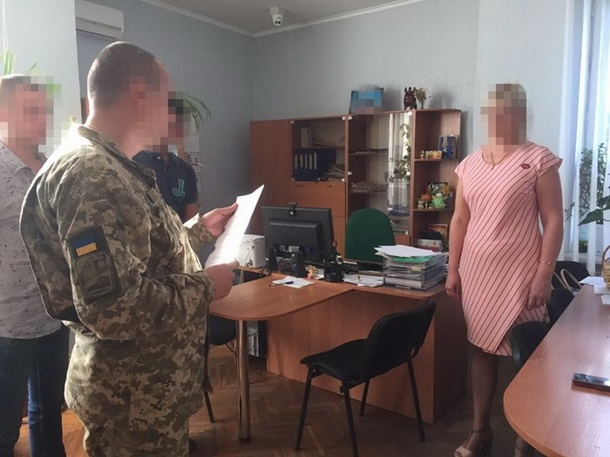 Заместительницу мэра города наНиколаевщине словили навзятке
