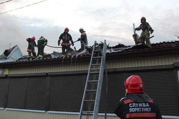 ВПолтаве произошел масштабный пожар на основном рынке